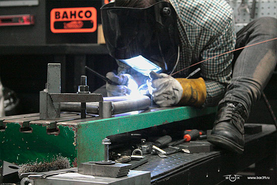 Сварка рычажной вилки box39 мотоцикл springer fork