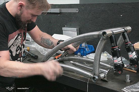 Слесарные работы рычажной вилки box39 мотоцикл springer fork