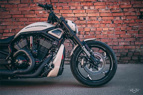 Harley-Davidson V-ROD. Переднее колесо. Стилизация мастерской box39