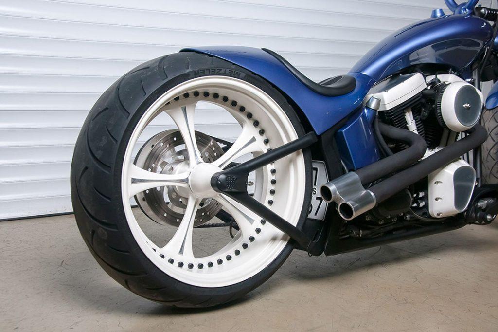 Уникальное заднее колесо кастом проекта Sali мастерской box39